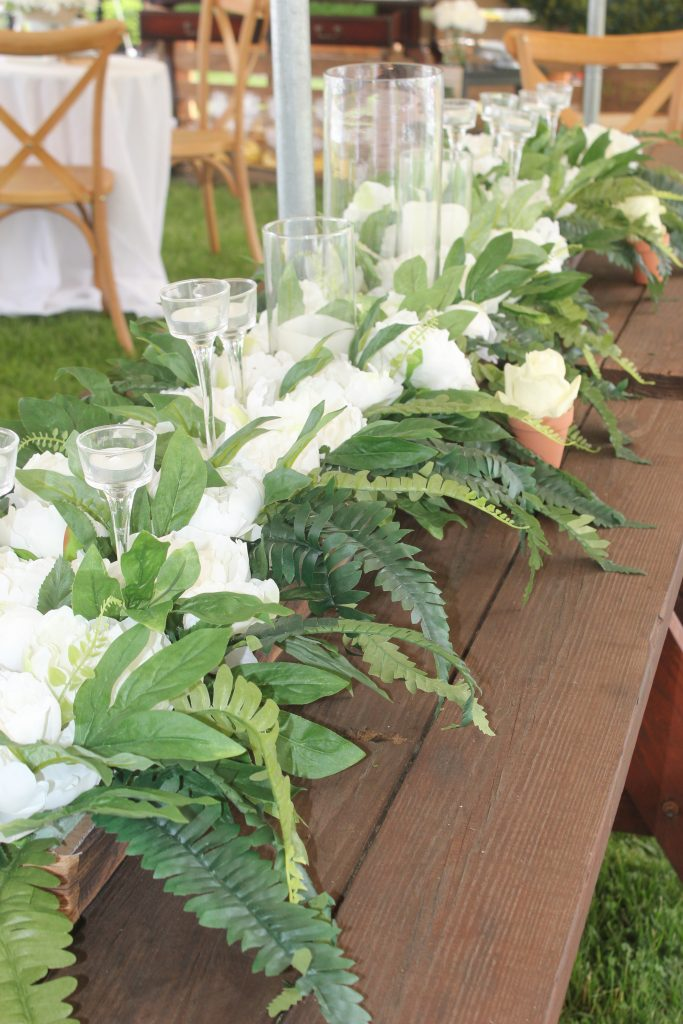 Best Tips for Throwing a Rustic Party in Your Backyard