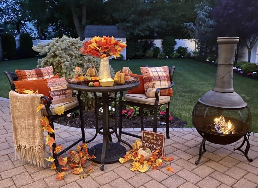 Cozy Fall Decor: How to Enjoy Your Backyard Longer