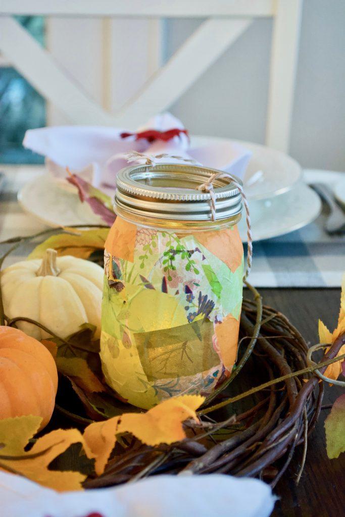 Finished mason jar lantern.