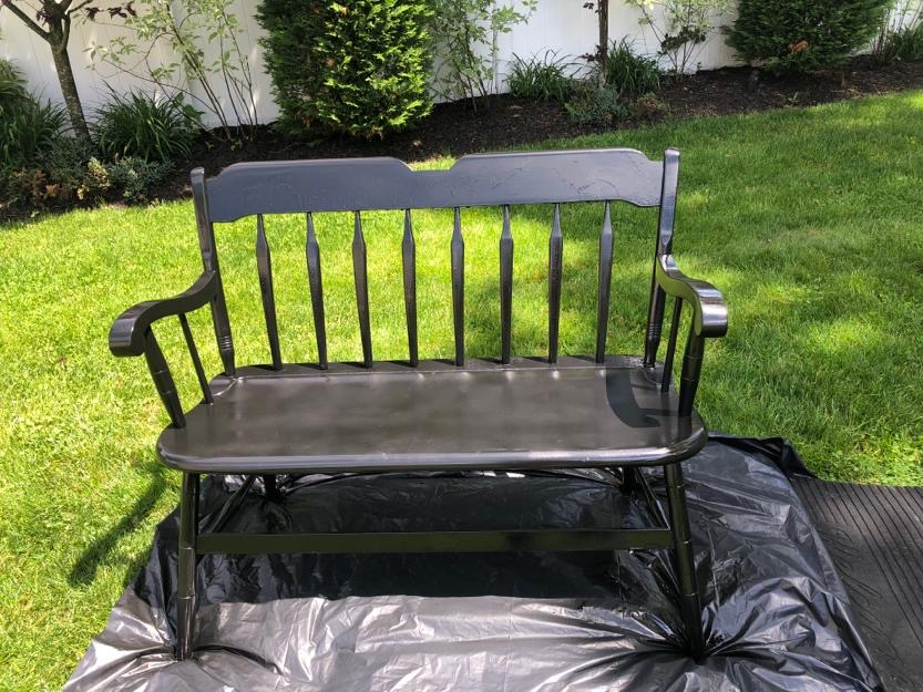How to upcycle an old bench