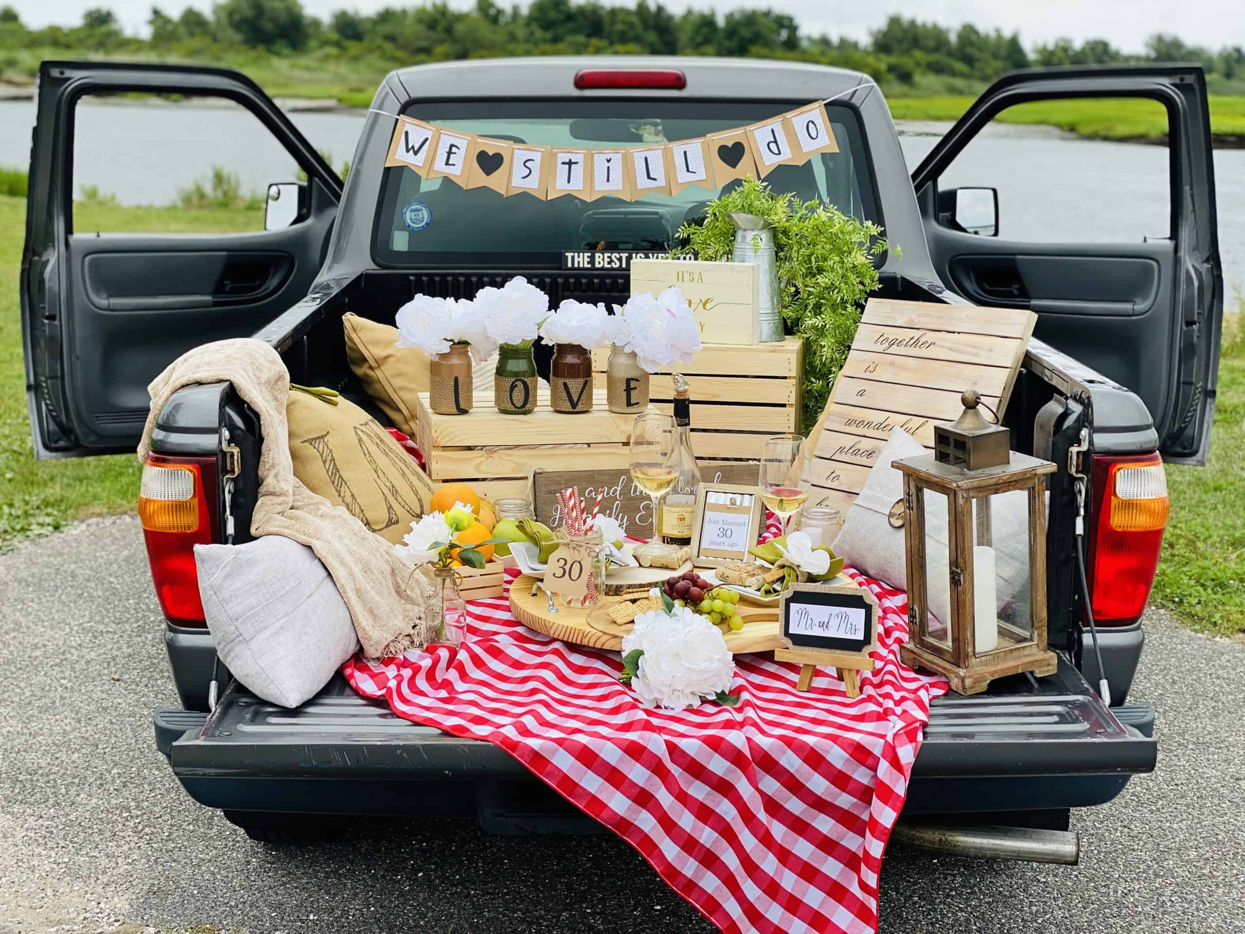 A Pick Up Truck Picnic The Ultimate Date Night Idea Craft And Sparkle