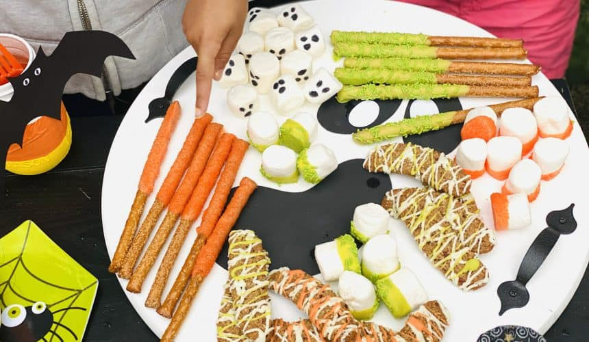 How to Make a Double-Sided Halloween Serving Tray