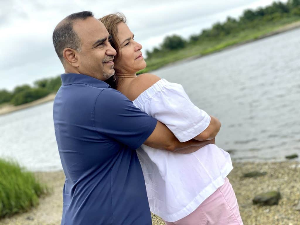 Anniversary photoshoot by the water.
