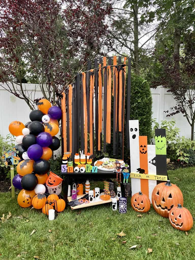 easy Halloween party decor for kids