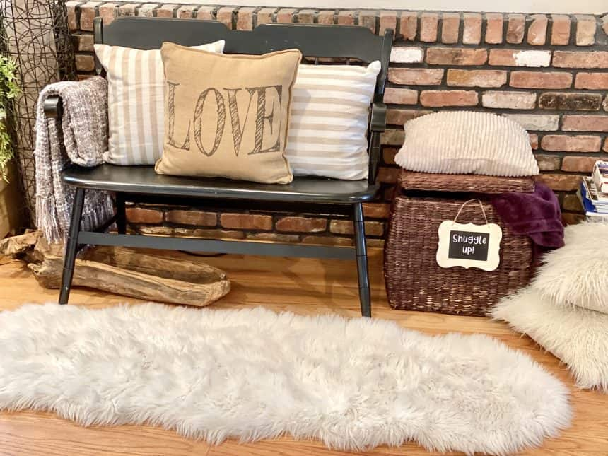 14 Faux Fur Decor Ideas To Keep You Warm and Fuzzy
