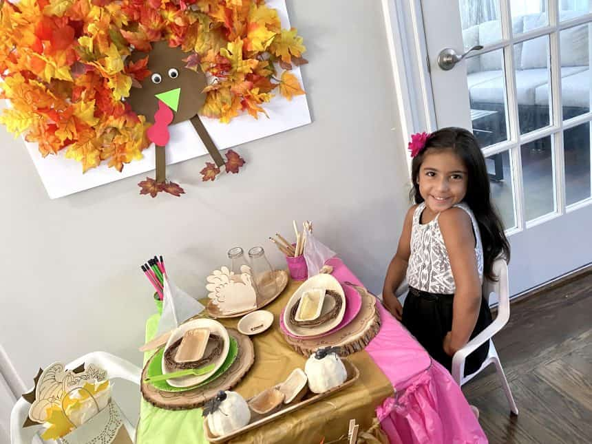 Bright and Fun Thanksgiving Table For Kids