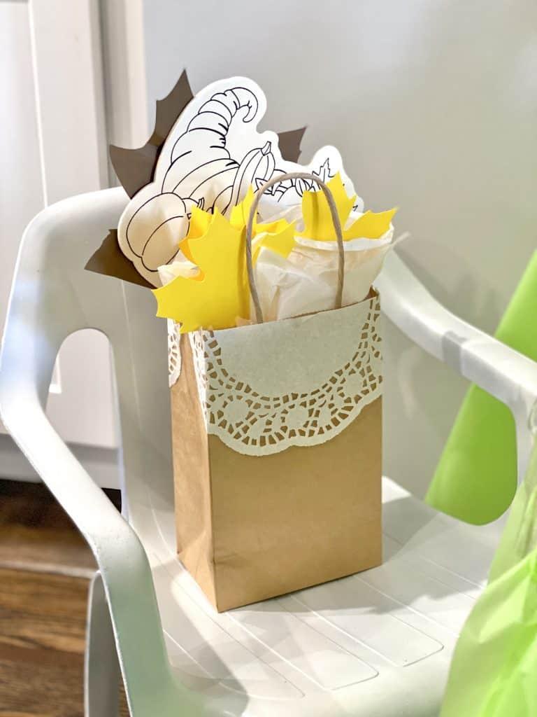 Thanksgiving goodie bag for kids.