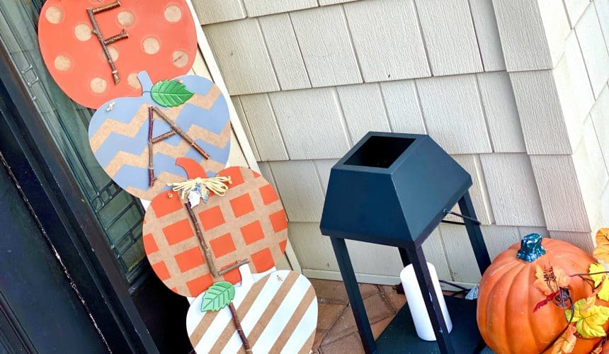 DIY Tutorial: Delightful Rustic Fall Sign for Your Porch
