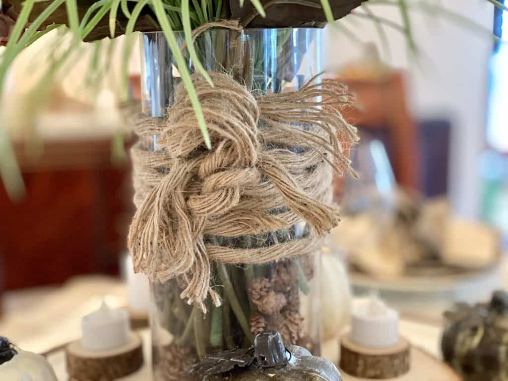 Rustic rope on centerpiece