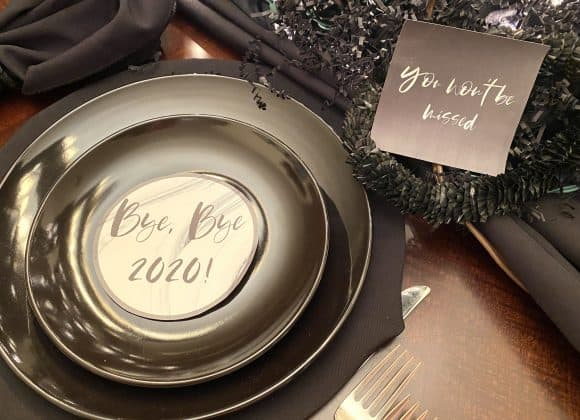 FREE PRINTABLES: Funny RIP 2020 Signs for New Year's Eve